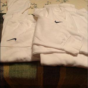 Nike Other - Nike Sweatsuit